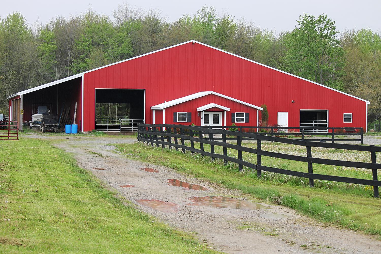 Lake Star Building New Barn Construction